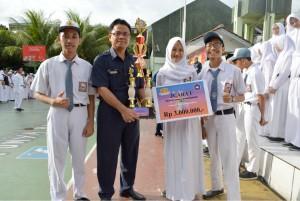 SMKN 6 Juara Lomba Akuntansi di Institut Bina Nusantara